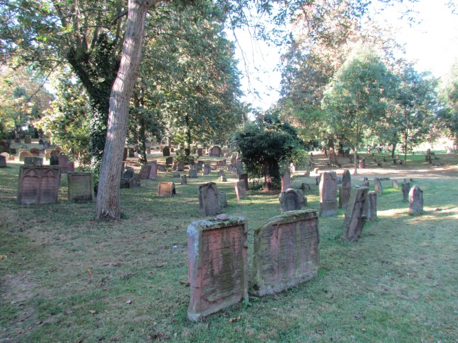 Jewish Cemetery, Holy Sands