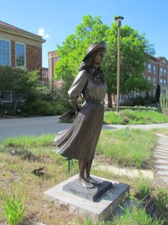 Statue of Mari Sandoz
