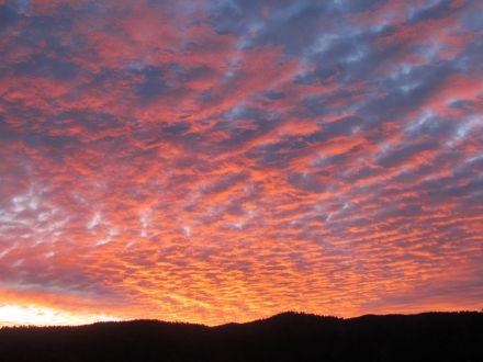 First sunrise following fall equinox/Erster Sonnaufgang nach der Herbst-Tagundnachtgleiche